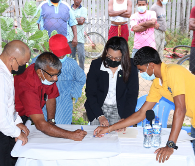 Generations old court matter stalls Beehive development; Rodrigues grabs the bull